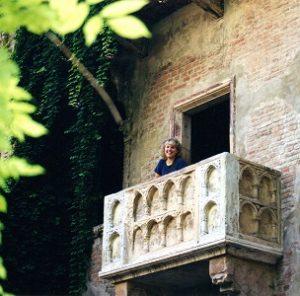 Katy Lee balcony