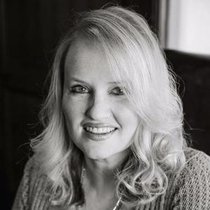 Tara Johnson – How We Met & Romantic Excerpt – Part 1 of 2
